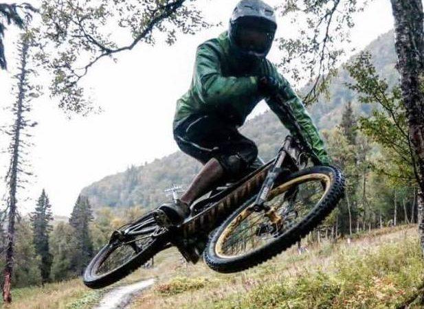 MTB mountainbike vacaciones en Suecia cultura escandinava Familia Amigos viajar autocaravana naturaleza Ciclismo de montaña