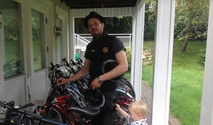 bike rental Fahrradvermietung vacaciones en Suecia cultura escandinava Familia Amigos viajar autocaravana alquiler de bicicletas