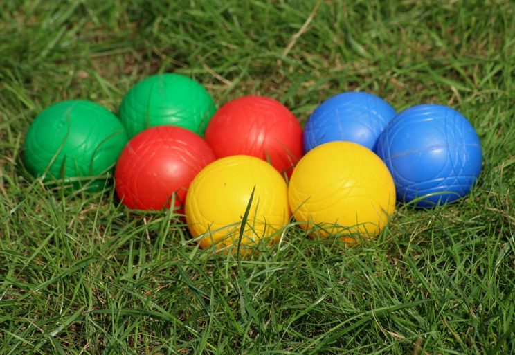 bocce ball bowl game color