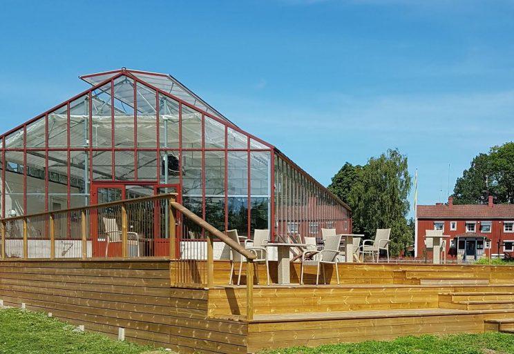 virtual online Sustainability Study Tour Aquaponics greenhouse