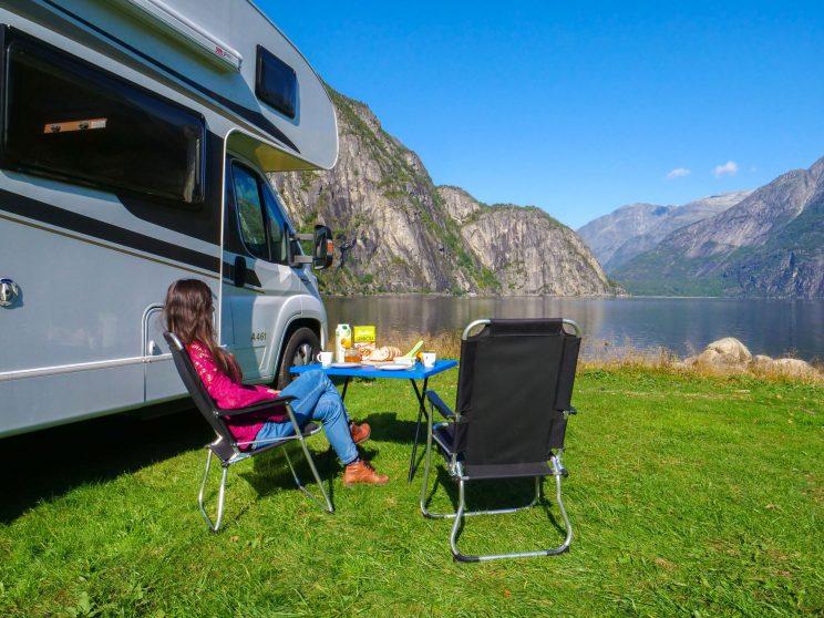 motorhome enjoy holiday lapland vacation